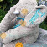 Almohada de Elefante Gris Personalizada para Bebé Image